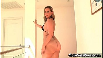 thick white girl with a docter xxx big ass sucking