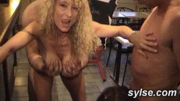 2 sluts pron vedios in a restaurant