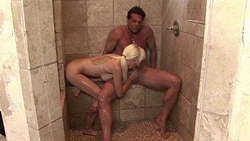 www sex vidyo hot masseuse rubs lucky client