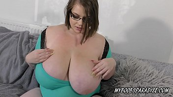 bbw huge natural tits babe playing x videeo com with boobs and big nipples