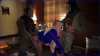 tour of booty - local working arab girl entertains soldiers for oldje some easy money