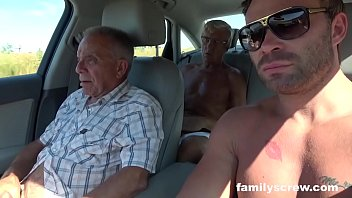 fucked up family www pink world com goes whore hunting
