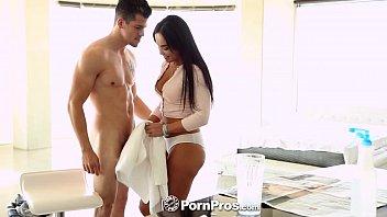 pornpros - latina public pussy flash selena santana gets down on her knees for bambino