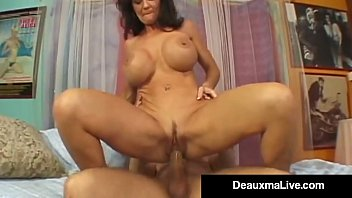 texas cougar deauxma squirts from xxx sexy muvi her creaming hot pussy
