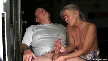 www xxxmovies ov40-mature couple handjob