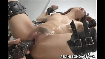 japanese babe pussy open bond and filled