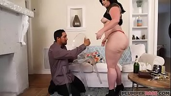 big booty milf virgo brings in new x nxx years with bottle in her ass