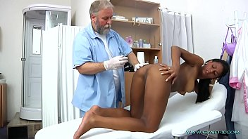 isabelle sexi move hd gyno exam