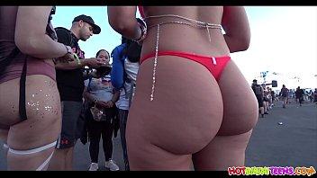 big ass red bikini blonde raver girl spied with www vidz hidden cam