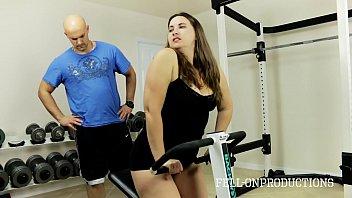 workout stepmom s hot janwar ke sath sex wet pussy in gym