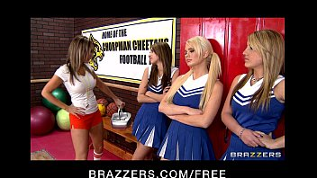 slutty cheerleaders nude couple alexis ford and courtney cummz share big-dick