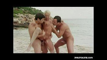 private.com maria osawa - trio with dp on the beach