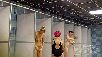 sunny leone sexx voyeur shower