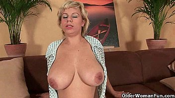 soccer mom works her mature malayalam fuck pussy with a dildo