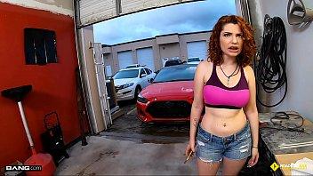 roadside - braceface redhead fucks to get her mam sex car fixed