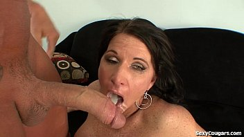 hot cougar fucked hard by xxxyxxx a big dick