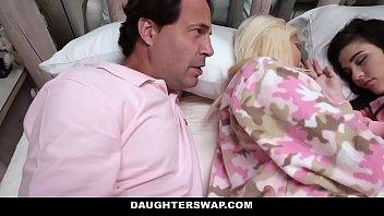 smart fucking daughterswap elizabeth and jenna 8minute