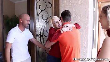 naughty girlfriend sierra nicole opens her wet cooze tube18 for boyfriends papa