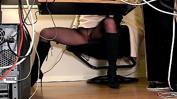 secretaries under desk sunny leone pussy pics hidden cam masturbation