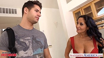 pron game brunette mom in pantyhose ava addams riding cock