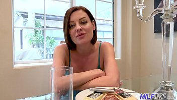 dee williams xander milftrip divorced short haired milf gets vacation cock