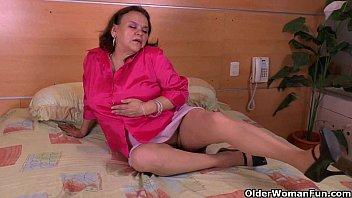 big titted latina momsonsex grannies brenda and gloria love going solo