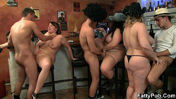 they school student sex bang three hot fatties in the pub