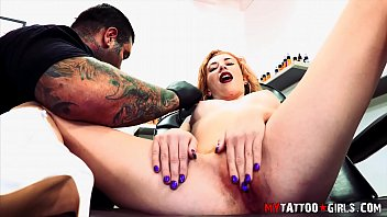 melissa rose fucking while getting cums com a tattoo