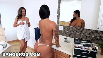 double spanking fun with spicy j joswap com victoria banxxx and kiley jay