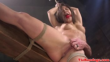 maledom pulls subs pussy usaxxx hair before toying