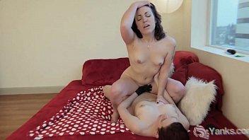 milf sexy bulu kassandra working her clit