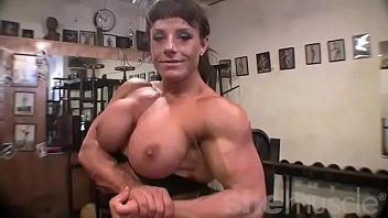 female bodybuilder big tits in xx xn com the gym