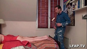 la maitresse suce le peintre en batiment avant de se faire manger south indian blue film la chatte