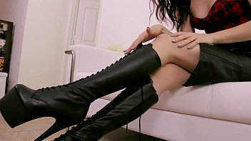 worship bobbis school girls sex boots pov