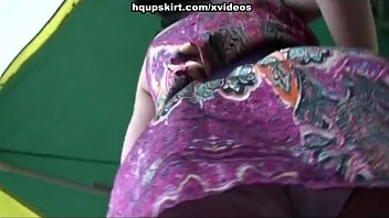 china porno up skirt show vouyer outdoors