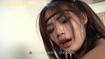 youjeez thai girl joy