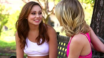 petite teens ariana marie and kota sky dit bup be tinh duc lesbian affair