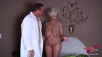 sexy nd hot video claudia marie gets her fake tits put back in