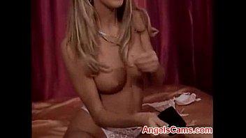 cute                    amateur blonde masturbation on cam