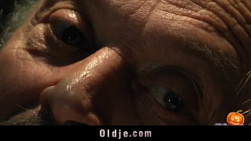 turjakan happy sex-alloween night for grandpa