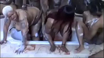 bath muslimsex time orgy preview