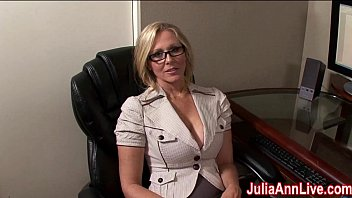 milf julia ann pornclub dreams about sucking cock