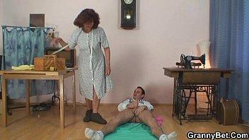 god sex doing videos i just bang sewing granny