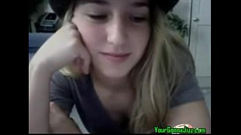 hot blonde teen masturbating            on cam