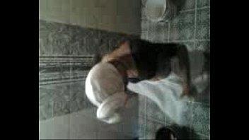 docter xxx valsala aunty clean bath