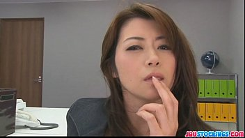 hojo toying her pussy during wwwsixy an office meeting