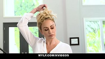 mylf - hot blonde milf claudia valentine milks a playboy pussy young football player to get pregnant