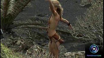 gorgeous dora venter having fun at the vedeo xxxx shower before threesome