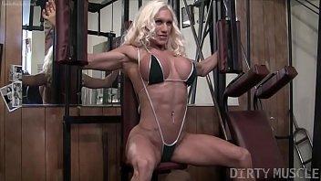 naked female bodybuilder ashlee porno de los 80 chambers fucks banana