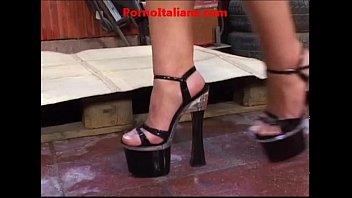 porn fetish foot xxxnxx slave to lick and kiss porno fetish slave piedi da leccare
